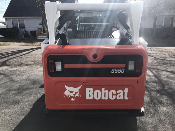 2015 Bobcat S590 (Excellent condition)