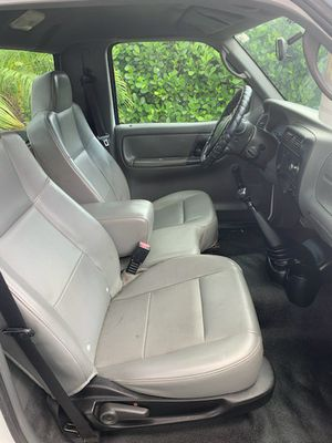 2006 FORD RANGER 5 SPEED for Sale in Port St. Lucie, FL