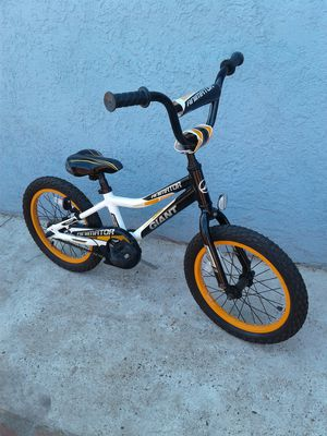 """Giant Animator Bike--16"""" Tires for Sale in Chino, CA"""