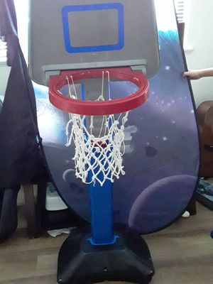 Basketball hoop for Sale in Randolph, MA
