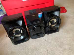 Sony speakers !! for Sale in Cleveland, OH