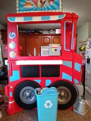 Little Tikes food truck for Sale in Vancouver, WA