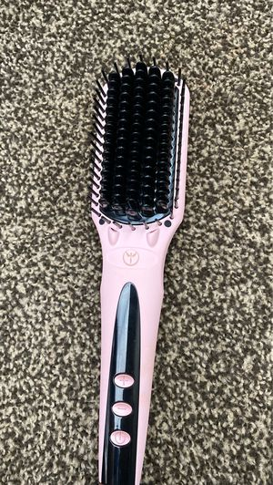 Hair brush straightener for Sale in Fresno, CA
