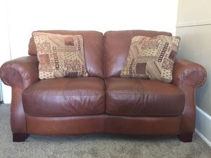 Natuzzi Leather Loveseat/Couch/Sofa for Sale in Salt Lake City, UT