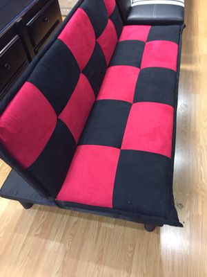 Red and black checkered futon for Sale in Los Angeles, CA