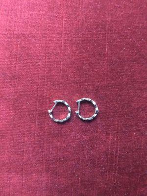 SILVER DIAMOND HOOP EARRINGS for Sale in Atlanta, GA