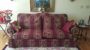 Burgundy Living Room Sofa LIKE NEW! for Sale in Richmond, KY