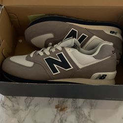 8.5 Mens New Balance Show for Sale in Burlingame,  CA