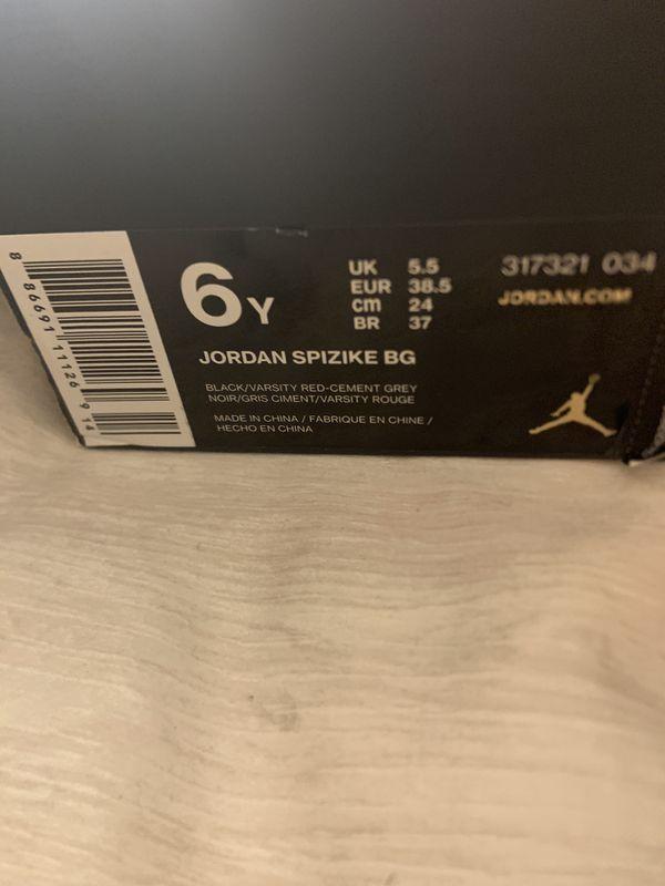 Jordan spizike | size 6 |