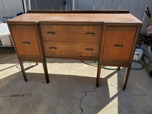 Sturdy Solid Wood Dresser/Desk/Vanity for Sale in Spring Valley, CA
