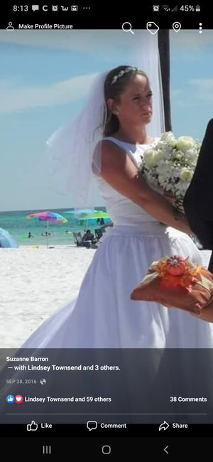 One size fits most wedding dress for Sale in Crestview, FL