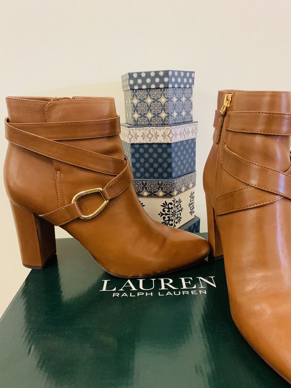 Size 10 Lauren Ralph Lauren Addington Leather Booties