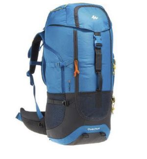 Backpack Quechua Forclaz 60 litters for Sale in Dallas, TX