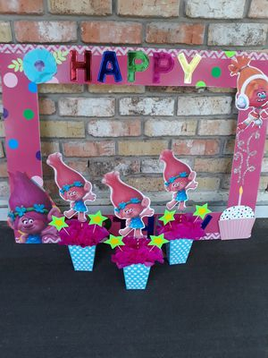 Trolls big photo booth frame +3 center pieces for Sale in Houston, TX