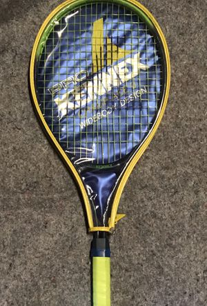 Pro Kennex Tennis Racket for Sale in North Plainfield, NJ