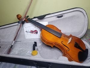 Brand New Violin 4/4 with Case Bow Rosin for Sale in Brooklyn, NY