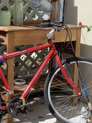 Red bike for Sale in Royal Palm Beach, FL