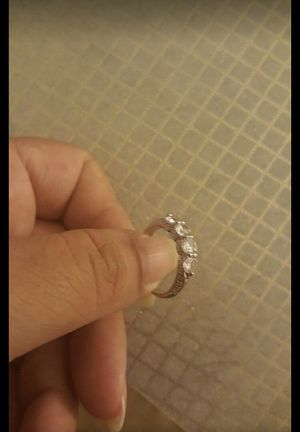 Women fashion white sapphire wedding ring size 6 for Sale in Riverside, CA