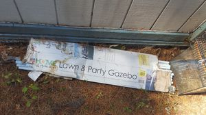 Free gazebo parts (missing parts) for Sale in Kirkland, WA