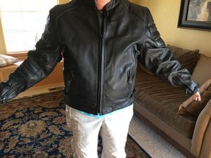 Leather motorcycle jacket men's XL - Xelement for Sale in Bennett, CO