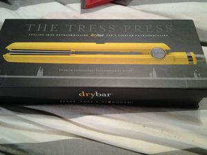 Brand new in box the tress press dry bar curling iron for Sale in Auburn, WA