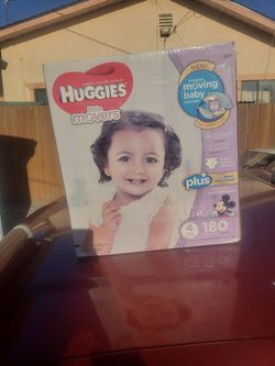 Huggies Diapers for Sale in Mount MADONNA,  CA