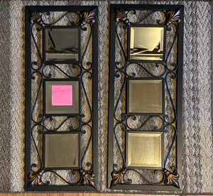 Accent Wall Mirror Decor for Sale in Marysville, WA