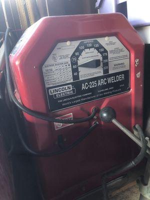 Ac 225 arc welder for Sale in North Las Vegas, NV