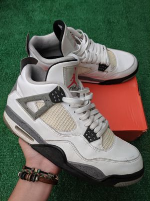 White cements (2016 pair) for Sale in Bellevue, WA
