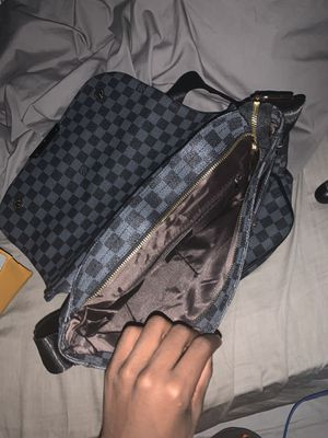 Louis Vuitton Messenger Bag for Sale in Upper Marlboro, MD