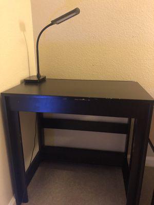 Desk (small) for Sale in San Jose, CA