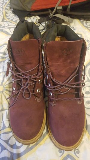 Burgundy timberlands for Sale in Silver Spring, MD
