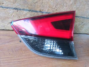 2017-2018 Nissan Rogue Rear TailLight LED RH Right Passenger side OEM Used for Sale in Wilmington, CA