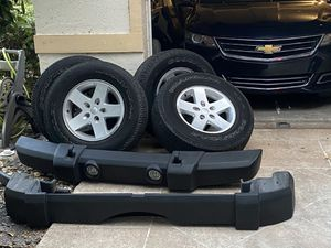 Stock Jeep Parts (ONLY BUMPERS) for Sale in Coconut Creek, FL