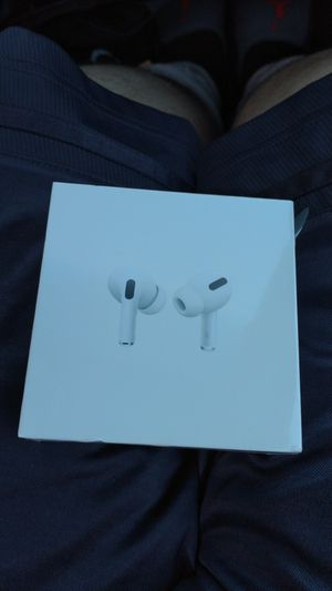 Air pods pro for Sale in Milpitas, CA