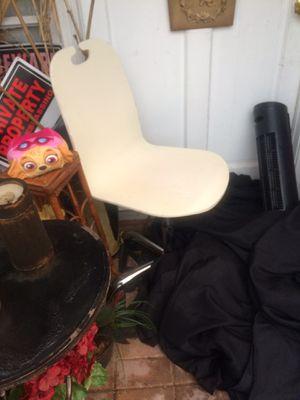 Deskchair for Sale in Davie, FL