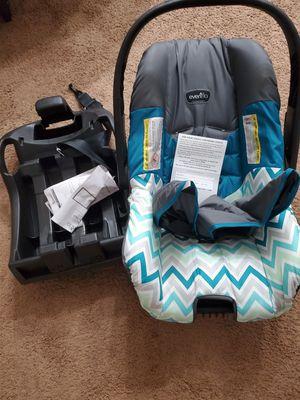 Evenflo car seat for Sale in Winston-Salem, NC
