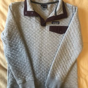 Patagonia Women's Cotton Quilt Snap Sweatshirt Size XS for Sale in Seattle, WA