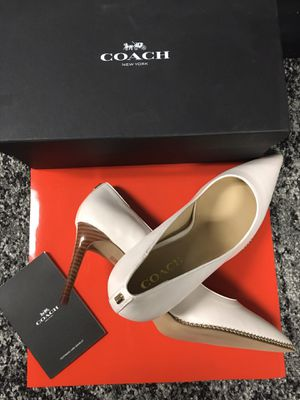 COACH leather heels 👠 size 10 for Sale in Ontario, CA