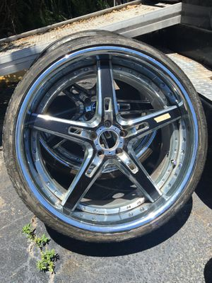 Mercedes AMG wheels and tires for Sale in Boca Raton, FL