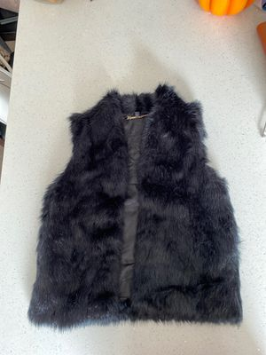Express faux fur vest. Lightly used. Bought at a retail price of $59.99 for Sale in Hilliard, OH