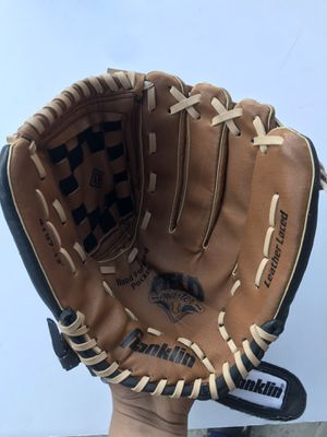 Spalding Softball Glove,No 4197, Franklin Sports Industry for Sale in Pittsburg, CA