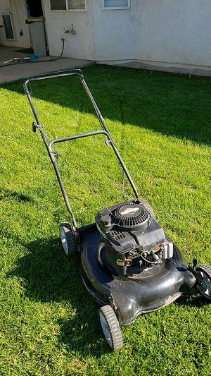 MTD Lawnmower Lawn mower for Sale in Fontana, CA