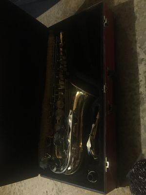 Alto saxophone- perfect for middle or high school band for Sale in Oregon City, OR