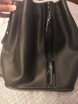 Kenneth Cole Reaction Drawstring Back Pack Purse for Sale in Fontana, CA