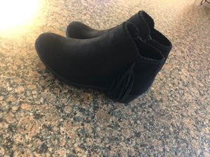 Girls boots size 13 brand new for Sale in Tucson, AZ