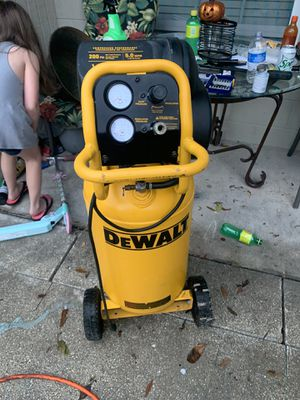 Dewalt c air compressor for Sale in Tampa, FL