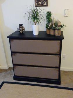 Solid Wood Dresser for Sale in Tukwila,  WA