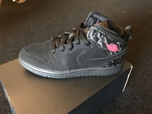 Brand new Jordons for girls, size 1y for Sale in East Compton, CA