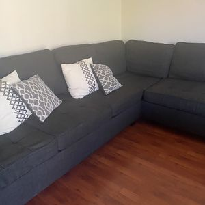 Grey Sectional Couch for Sale in Anaheim, CA